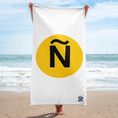 Ñ Beach Towel NYC Moments