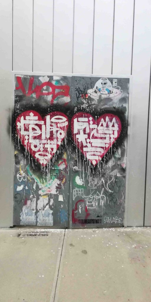 NYC Bushwick Brooklyn art two hearts